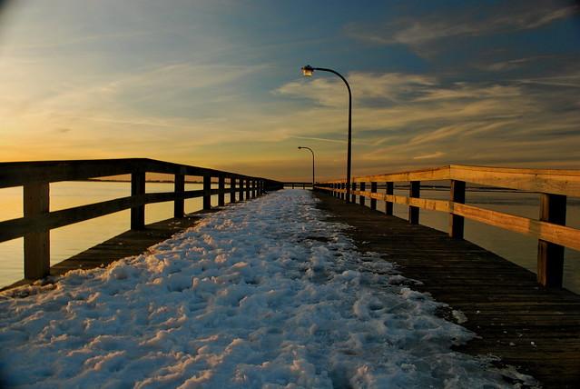 Snowy fishing pier jones beach field 10 wantagh ny for Jones beach fishing pier