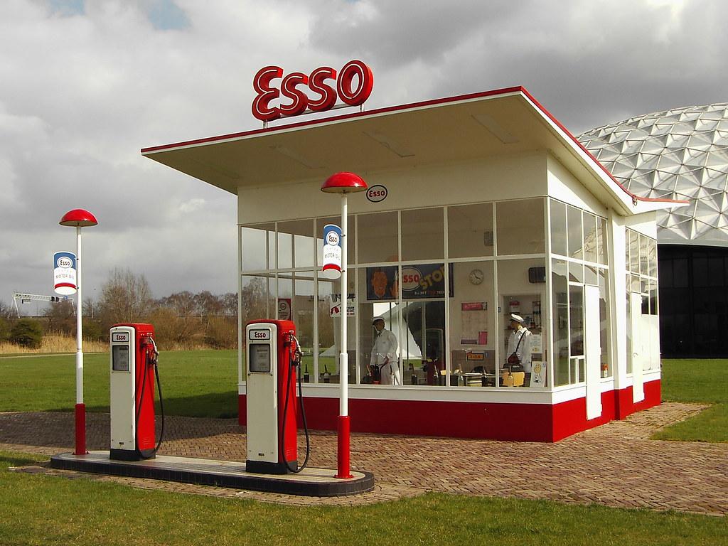 1954 esso gas station by dudok a photo on flickriver. Black Bedroom Furniture Sets. Home Design Ideas
