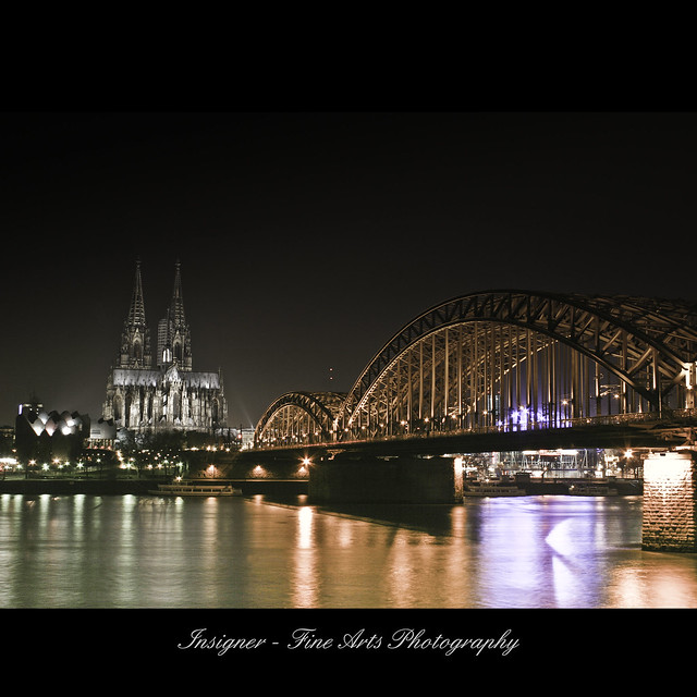 night & light series - cologne cathedral with bridge