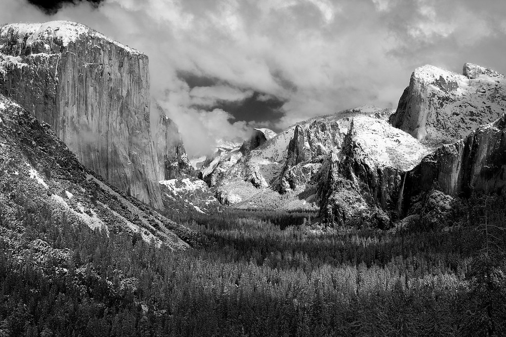 Yosemite winter storm black and white no 4