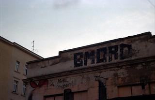 Afbeelding van Feinkost. rooftop analog graffiti minolta leipzig dynax südvorstadt feinkost 7000i bmord