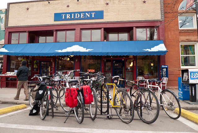 Bikes at the Trident Cafe by Zane Selvans on flickr