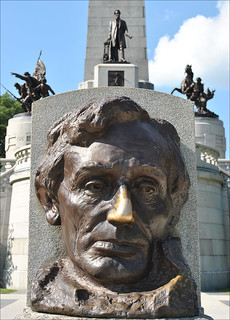Abraham Lincoln Bust at Lincoln Tomb in Springfield, Illinois