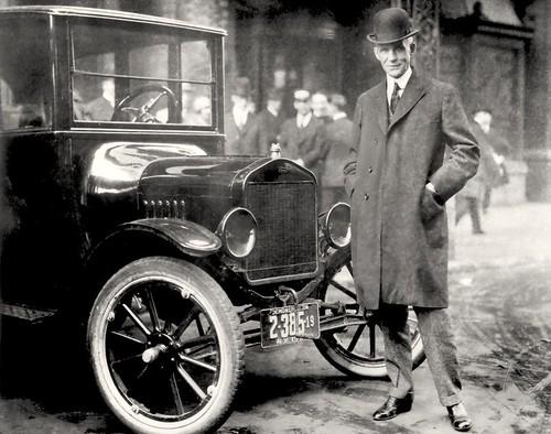 Henry Ford met 1921 Model T - urgentiemarketing