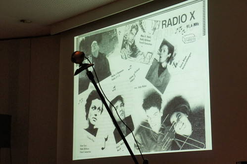KOMMBar: radio x