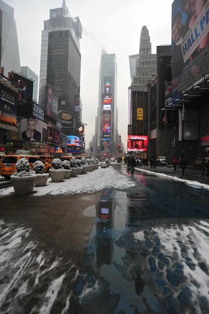 2011 Manhattan New York Trip: Flickr: Please Wait
