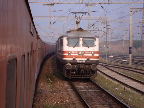 train journey jyoti rajdhani wap5