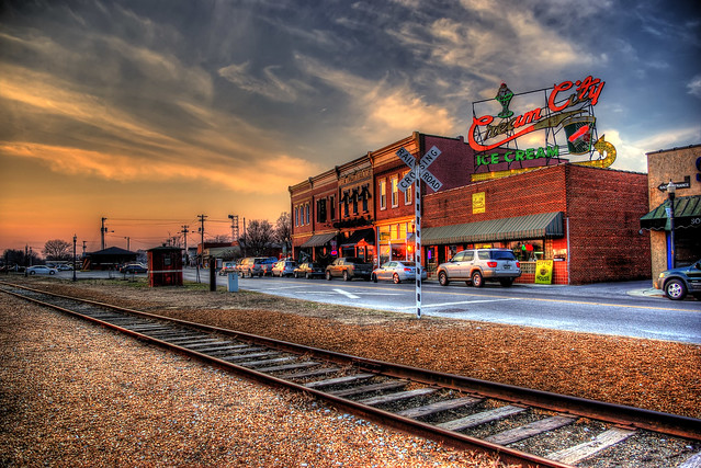 Broad St, Cookeville, TN | Flickr - Photo Sharing!