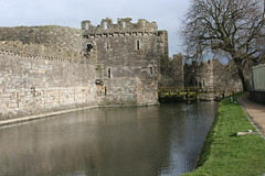 chã¢teau, castle, building, estate, water castle, canal, fortification, waterway, moat,