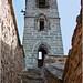 Escalera al románico