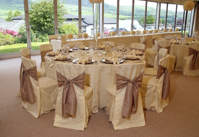 88 events designs a wedding at mar hall table with