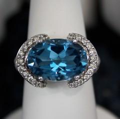 amethyst(0.0), aqua(1.0), sapphire(1.0), jewellery(1.0), azure(1.0), diamond(1.0), gemstone(1.0), platinum(1.0),