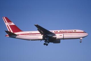 259cp - Air Mauritius Boeing 767-200; 3B-NAL@ZRH;21.09.2003