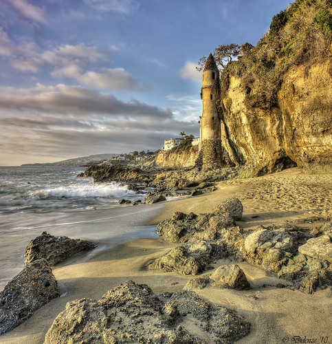 light sunset beach sand rocks cliffs hdr goldenhour lagunabeach victoriatower canon450d vertorama hdrspotting didenze