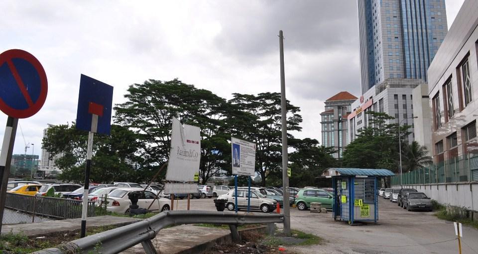 Vertices tower kuala lumpur off jalan yap kwan seng for Gardening tools kuala lumpur
