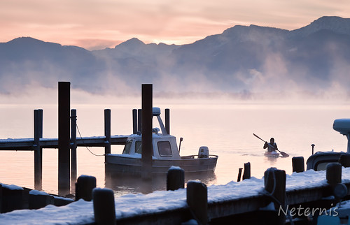 sunset mist lake snow cold ice water fog sunrise island harbor boat dock haze frost ship harbour jetty earlymorning paddle freezing canoe freeze late icy isle chiemsee frauenchiemsee gstadt