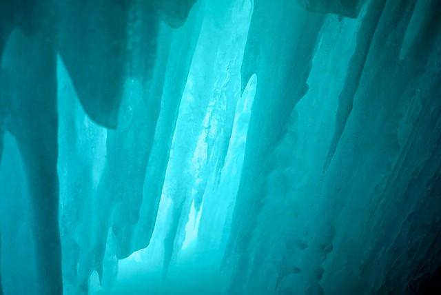 L 39 int rieur de la caverne de glace flickr photo sharing for Escalade interieur quebec