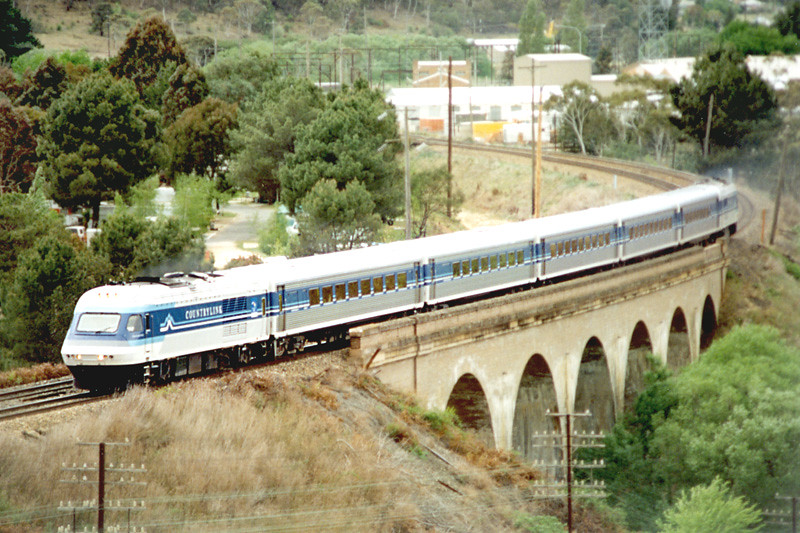 Bathurst bound XPT outside Lithgow by Corey Gibson