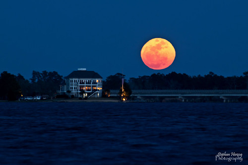 Supermoon over the Neuse (Explored)