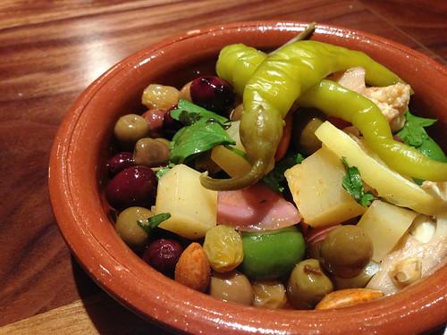 Olives amb Bitets at smoke.oil.salt