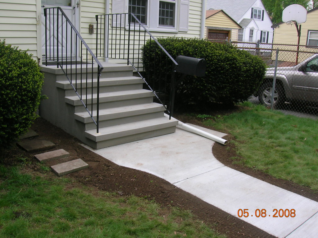 Precast Steps With Rails And Walkway