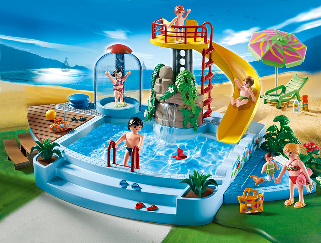 4858_Playmobil  Pool with Water Slide