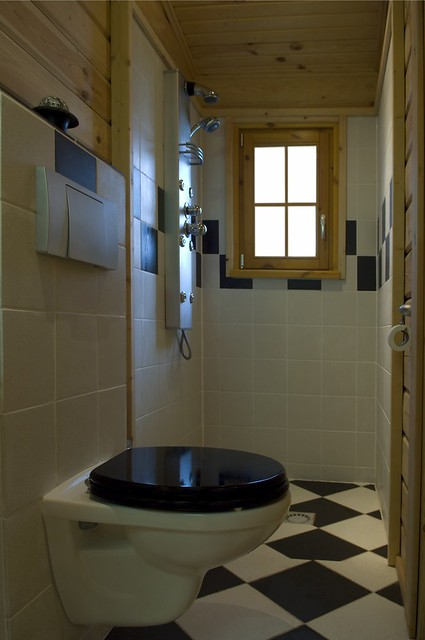 Interieur foto van een badkamer in een houten huis logwoning flickr photo sharing - Interieur eigentijds houten huis ...