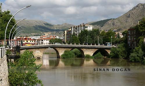 İstasyon Köprüsü