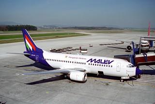 MALEV Boeing 737-3Q8; HA-LEJ@ZRH;04.04.1995