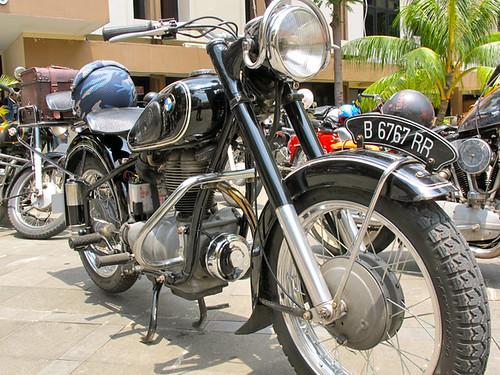 Motor Antique Club Indonesia _4