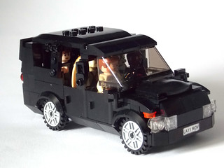 LEGO Minifigure scale Car - 7-wide SUV - seats 7 minifigs 1