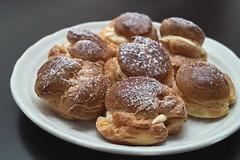 meal(0.0), breakfast(0.0), poffertjes(0.0), produce(0.0), pä…czki(0.0), baking(1.0), sufganiyah(1.0), baked goods(1.0), profiterole(1.0), food(1.0), dish(1.0), dessert(1.0), cuisine(1.0), snack food(1.0),