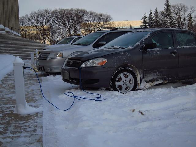 Enchufando el coche a la corriente