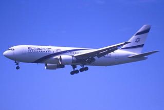 101cc - El Al  Boeing 767-258; 4X-EAB@ZRH;01.08.2000
