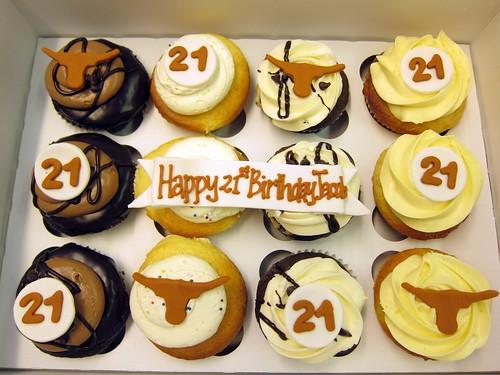 Longhorn Cupcakes