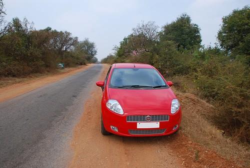 india car geotagged punto fiat february andhrapradesh 2011 fiatgrandepunto grandepunto 201102 stateofandhrapradesh 20110220 chilamatturu chilamatturustateofandhrapradeshindia