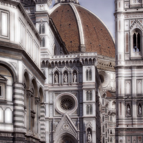 Rita Crane Photography: Italy / Florence / The Duomo / Santa Maria dei Fiore / architecture / Renaissance / building / people