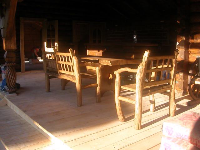 Photo for Mesas y sillas rusticas