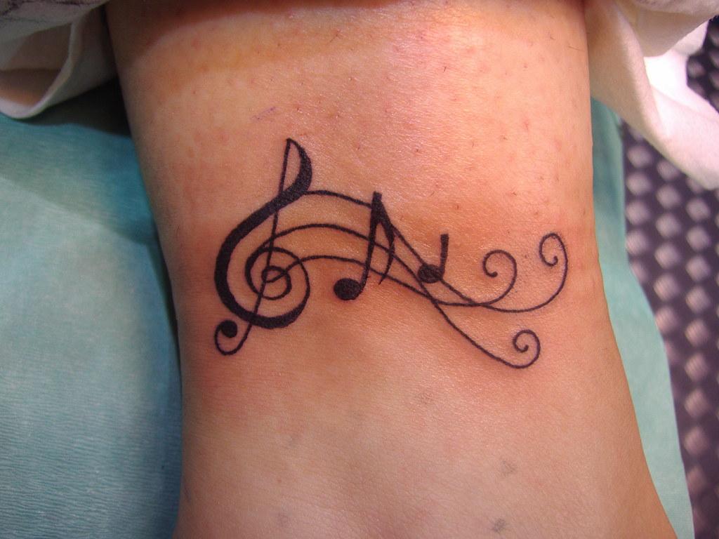 Clave De Sol El Candil Estudio De Tatuaje Piercing Call Flickr
