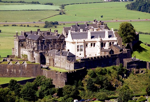 Grey or white ladies are famous in British ghost stories. But what about the green lady? Click here to learn about the Green Lady of Stirling Castle.