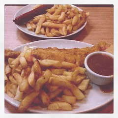 junk food, fish and chips, fried food, currywurst, produce, french fries, food, dish, cuisine, snack food, fast food,