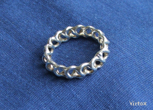 Gyroid Ring (Silver)