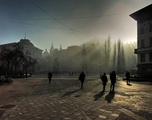 morning light shadow sunlight mist fog square foggy slovenia ljubljana trg preseren prešernov