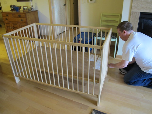 we have a crib!