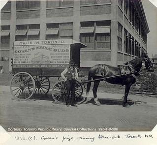 Cowan's prize winning turn-out. Toronto 1910