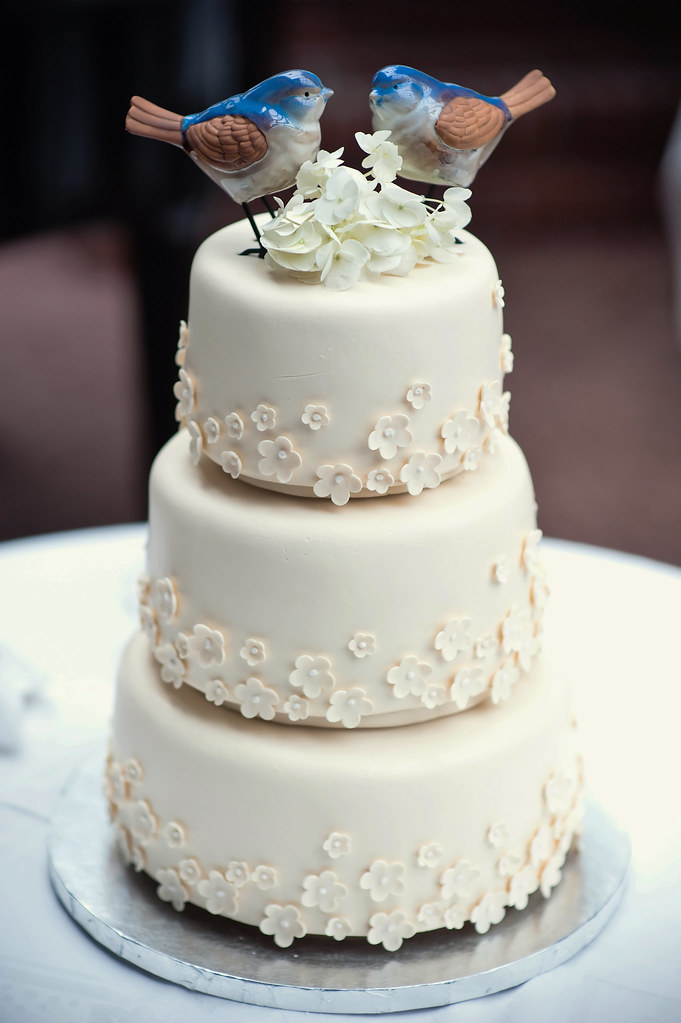 Shelley S Wedding Cake April In Paris A Simply Elegant Flickr
