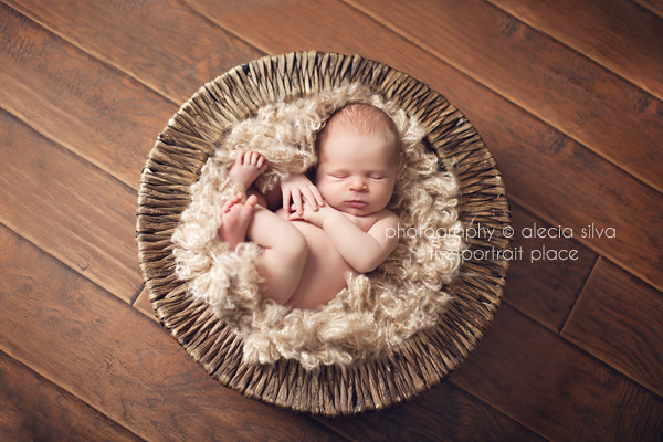 Boa - Newborn Kids Photography