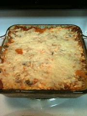 pastitsio, baked goods, zwiebelkuchen, moussaka, food, dish, cuisine, quiche, cottage pie, lasagne,