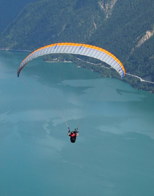 Austria, North Tyrol, Aachénsee, paragliding