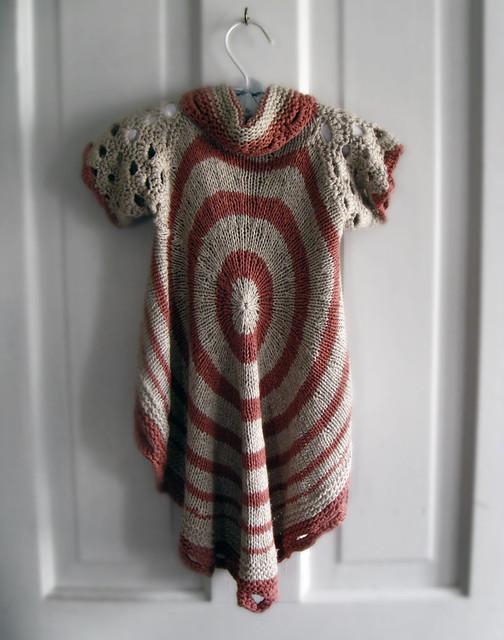 Circle Sweater: Photo